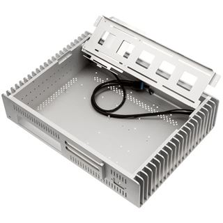 Streacom FC10 Alpha Desktop ohne Netzteil silber